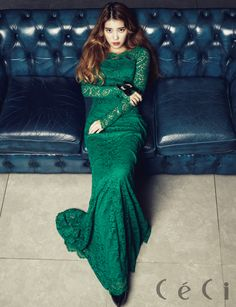 IU posing in a photo shoot for CéCi Korea Magazine November Issue Iu Fashion, Korean Fashion, Mileena, Ga In, Green Gown, Korean Celebrities, Queen, Ulzzang Girl, Evening Gowns