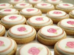 rose button cookies