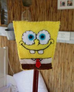 Felt spongebob topper Christmas Tree Advent Calendar, Christmas Crafts, Christmas Ornaments, Felt Crafts, Fabric Crafts, Easy Crafts For Kids, Felt Ornaments, Spongebob, Back To School