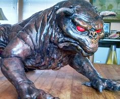 Unleash the hell hounds of Hollywood upon your living room with this Ghostbusters terror dog statue. The fierce demon dogs from the original Ghostbusters flick are recreated with incredible detail and stand at six inches tall making them ideal for the coffee table.