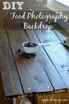 Make your own rustic wood backdrop! Rustic Food Photography, Food Photography Props, Diy Photo Backdrop, Photo Backdrops, Dairy Free Cream, Background Diy, Diy Shops, Background For Photography, Photography Backgrounds