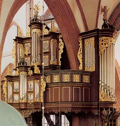 Schnitger organ in Norden - a beautiful restoration by Jürgen Ahrend.