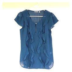 Halogen Nordstrom Ruffle Top Nordstrom Tag still attached (additional purchase sticker was removed). Adorable top! 100% Polyester. Halogen Tops Blouses