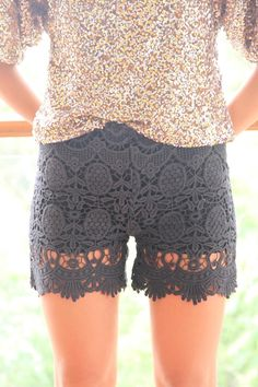 lace shorts!!! $48.00  too bad the largest size is a 10 us.  gah.  must get back on plan.  so close and yet so far away.
