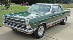Cars Usa, Us Cars, Car Ford, Ford Trucks, Car Man Cave, Mercury Cars, Ford Mustang Fastback, Ford Torino, Old School Cars