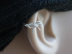 Cutie bow Silver Cartilage hoop Left or Right by PiercingRoom, $8.95