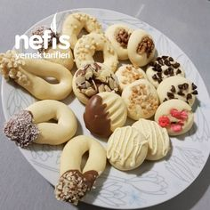 Tek Hamurla Çesitli Kurabiyeler - Nefis Yemek Tarifleri Doughnut, Tart, Desserts, Crack Crackers, Kitchen, Cakes, Baking, Tailgate Desserts, Pie
