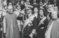 King Bhumibol of Thailand has an audience with Pope John XXIII in 1960. https://islandinfokohsamui.com/