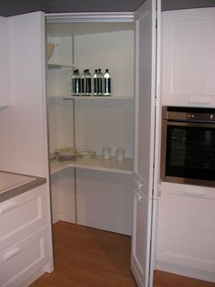 veneta cucine angolo ripostiglio.jpg | Cucine | Pinterest | Kitchens ...