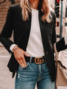 How to style a Gucci belt, how to style a blazer, what to wear this weekend Fashion Jackson Source by stauroscreative Outfits classy Casual Work Outfits, Mode Outfits, Work Casual, Outfit Work, Summer Outfits, Dress Work, Jean Outfits, Dress Outfits, Dress Shoes