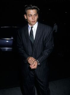 Johnny Depp - Annual Nosotros Golden Eagle Awards , Beverly Hills, May 1988 Young Johnny Depp, Johnny And Winona, Beautiful Boys, Pretty Boys, Pretty Men, Junger Johnny Depp, Jonny Deep, Best Supporting Actor, Actor