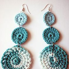 crochet earrings - Couldnt get the pattern, but thought these were cute