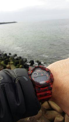 Sea G-SHOCK  red black