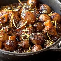 Lamb or venison potjie with baby onions topped with onions and gremolata Venison Recipes, Lamb Recipes, Meat Recipes, Indian Food Recipes, Chicken Recipes, Cooking Recipes, Ethnic Recipes, Chicken Meals, What's Cooking