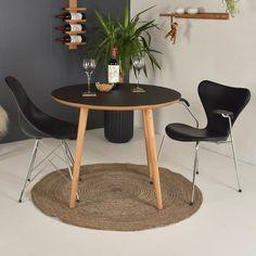 Rundt spisebord i linoleum Table, Furniture, Design, Home Decor, Dekoration, Decoration Home, Room Decor, Tables