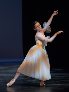 Kendall as Giselle Act 2. Photo R Calmes.
