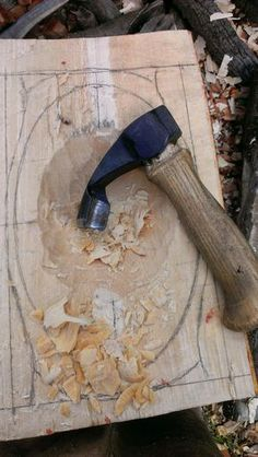 Tom Bartlett: Hollowing out a bowl with an adze.