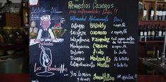 Carta de vinos en uno de los tabancos de Jerez.