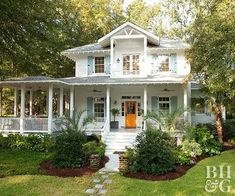 """Family's Coastal Cottage with """"Fresh-Squeezed"""" Color This """"coastal cottage"""" featured in Better Homes and Gardens belongs to an active family of four.This """"coastal cottage"""" featured in Better Homes and Gardens belongs to an active family of four. Beach Cottage Style, Coastal Cottage, Coastal Decor, Coastal Style, Coastal Living, Southern Living, Cottage Porch, Cottage Art, Simply Southern"""