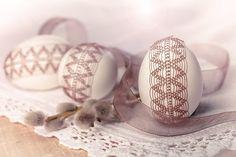 +++ Krajkové drátkované kraslice - Velikonoční +++ / Zboží prodejce janeli   Fler.cz Holiday Foods, Holiday Recipes, Food Crafts, Wire Wrapping, Easter Eggs, Wood, Vacation Food