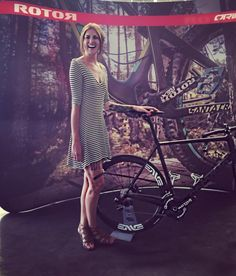 Happy to be back at @rotorbike for one day!!! So much fun con esta gente!!!  #iridebikes #ridebikes #ride #ridelikeagirl #ciclismo #ciclismofemenino #mujeresciclistas #ciclismodemontaña #roadcycling #roadcycle #rotorbike #qrings #santacruz #cervelo #rotor #powermeter #bike #bikes #bikelife #bikeporn #biker #bikersofinstagram #instaride #rideordie #rideordiechick #riding #race #ciclismoderuta