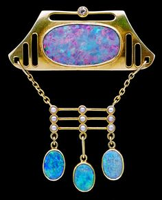 MURRLE BENNETT & CO Jugendstil Brooch. 15K gold with opals, pearls, and a diamond. Germany, circa 1900   JV
