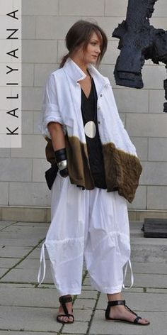 Kaliyana is an Ottawa based clothing boutique with unique designs for the modern woman. Clothes, shoes and accessories like nowhere else. Diy Summer Clothes, Diy Clothes, Clothes For Women, Boho Outfits, Fashion Outfits, Boho Fashion, Womens Fashion, Fashion Design, Pantalon Large