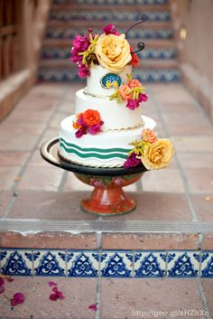 Pastel de boda estilo #MexicanChic #cake #Mexican #Chic #wedding #YUCATANLOVE