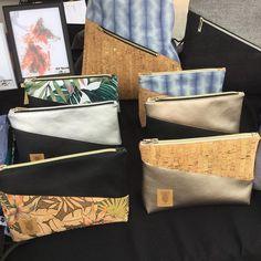 NEU! Passend zu den NOAS Turnbeuteln gibt es jetzt Kosmetiktaschen in unterschiedlichen Materialkombinationen ❤️ Heute beim Markt @klunkerkranich & ab Morgen im #dawandashop #noasberlin #neu #kosmetiktasche #krimskramtasche #korkstoff #vegan #turnbeutel #design #berlin #dawanda #linkinbio #klunkerkranich