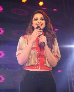 Cute Parineeti Chopra