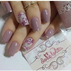 35 charming and beautiful purple nail designs charming purple nail designs - Nails - Best Nail World Classy Nails, Stylish Nails, Cute Nails, Purple Nail Designs, Vernis Semi Permanent, Permanent Makeup, Baby Nails, Trendy Nail Art, Best Acrylic Nails