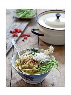 לאקסה צמחוני  מרק-ארוחה מן המטבח המלזי