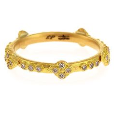Armenta 18k Yellow Gold Stackable Ring with Diamond Crivelli Crosses (404.685 HUF) ❤ liked on Polyvore featuring jewelry, rings, bracelets, pulseiras, gold, 18k yellow gold ring, pave diamond ring, stackable diamond rings, stackable rings and gold stacking rings