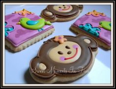 Monkey Love Cookies For more cookies visit www.facebook.com/sweetmomentsintime