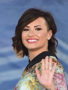 Demi Lovato Short bob cut with undercut sides and ombre ends
