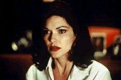 "Laura Elena Harring in the David Lynch film ""Mulholland Drive. Mulholland Drive, Long Shot, David Lynch, Charlie Chaplin, Absolutely Fabulous, Film Stills, Style Icons, Close Up, People"