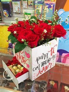 Valintines Day, 5 Sense Gift, Birthday Photography, Ideias Diy, Chocolate Hearts, Mom Day, Diy Box, Love Valentines, Best Friend Gifts