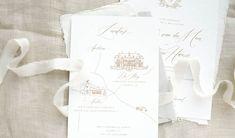 Moderne kalligrafie, we zien het steeds vaker! Hoe tof vind jij deze trend? Zou jij de moderne kalligrafie bij je wedding gebruiken? Wedding Stationery, Tote Bag, Personalized Items, Instagram, Totes, Wedding Invitations, Tote Bags, Wedding Invitation