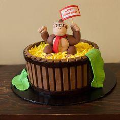 Donkey Kong Cake donkey Kong kit-Kat cake. Banana's made with fondant