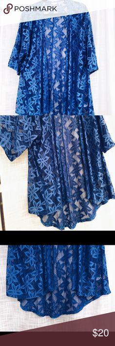 LuLaRoe Womens Size M Beautiful Blue Lace Kimono