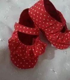 zapatos para niñas bebes hechos de tela. hecho en venezuela