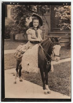 So, so preciously cute! #pony #horse #child #vintage #Western #cowgirl