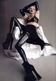 Black glossy glamour - Kate Moss in Atsuko Kudo Latex - as seen on Kim…