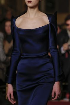 Zac Posen F/W 13 ~ a beautiful gown made all the more exquisite with the Evil Witch fabric choice! Love it.