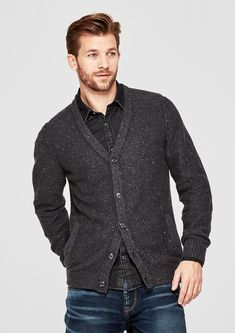 Cardigan in an inside-out look from s.Oliver. Discover the latest fashions online for women, men and kids and order with free delivery.