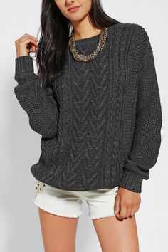 BDG Fall For Cable-Knit Sweater Size Small