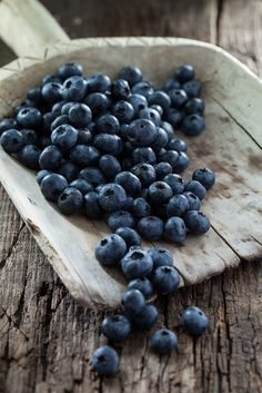 House on Blueberry Hill Fruit And Veg, Fruits And Vegetables, Fresh Fruit, Blueberry Farm, Fruit Picture, Barista, Food Art, Food Photography, Food And Drink