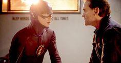 'Flash' Premiere Photos with Grant Gustin and John Wesley Shipp -- The original 90s 'Flash' John Wesley Shipp