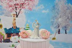 Romantic Embrace Hug Porcelain Bride Groom Wedding Cake Topper | eBay