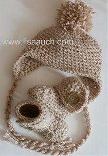 sans motif bébé chapeau de crochet avec oreillettes et les oreilles